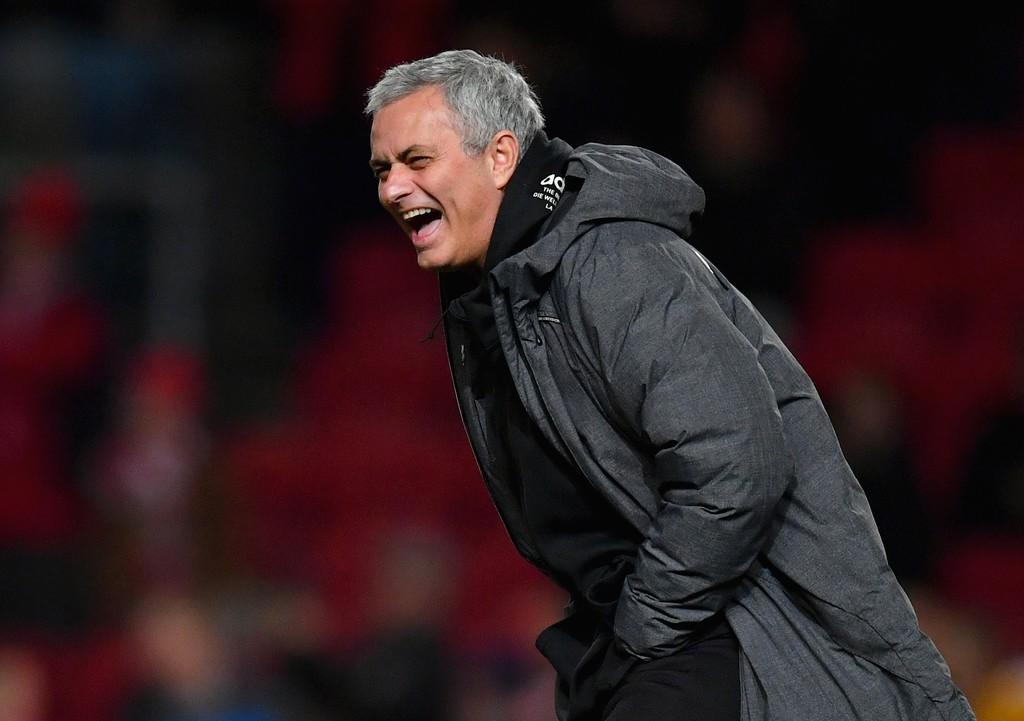 Hình ảnh: Mourinho được chờ đợi sẽ có cách tiếp cận tích cực trước Burnley