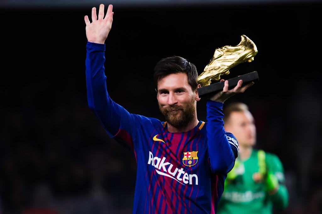 Hình ảnh: Messi vượt trội Ronaldo về số bàn thắng
