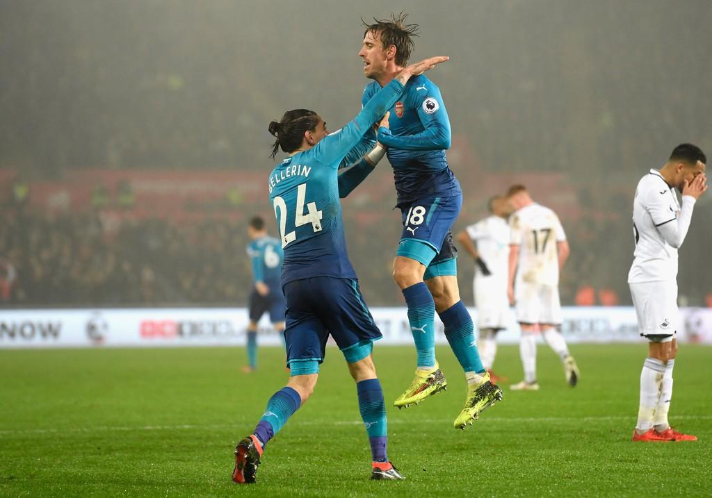 Hình ảnh: Monreal liên quan đến 5 bàn thắng trong 3 trận gần đây