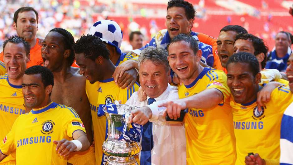 Hình ảnh: Guus Hiddink cùng Chelsea đoạt FA Cup 2009
