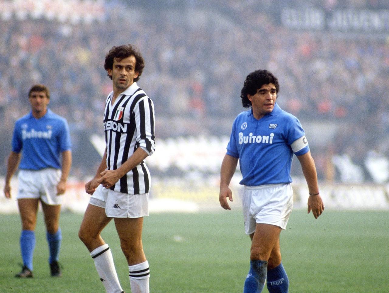 Vào thời của Maradona, những ngôi sao lớn như Van Basten, Platini là đối trọng chính