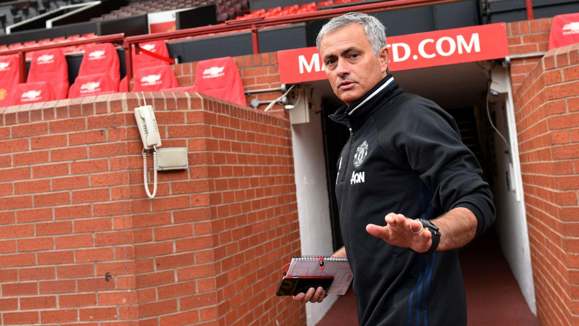 Hình ảnh: Mourinho chưa được đáp ứng đầy đủ cho việc mua sắm