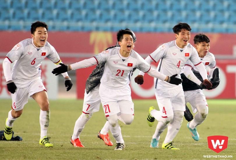 Bùi Tiến Dũng và đồng đội đã viết nên câu chuyện cổ tích cho U23 Việt Nam. Ảnh: Anh Khoa