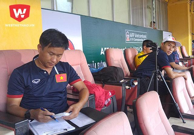 Kinh nghiệm làm trợ lý cho HLV Hoàng Anh Tuấn cùng việc ''gõ đầu trẻ'' sẽ giúp ích rất nhiều cho HLV Đinh Hồng Vinh ở mùa đầu góp mặt tại V.League.
