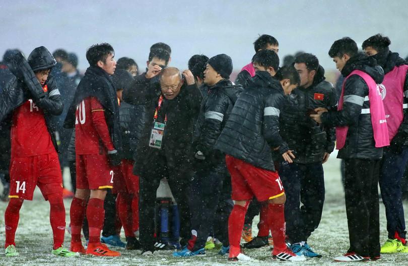 U23 Việt Nam nhận thất bại đáng tiếc với bàn thua đúng phút cuốii cùng của hiệp phụ thứ 2. Ảnh: Anh Khoa