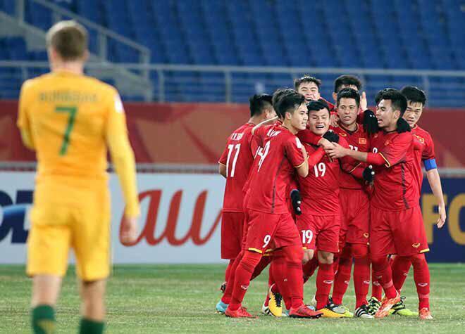 Quang Hải rơm rớm nước mắt ngay sau khi ghi bàn vào lưới U23 Australia.
