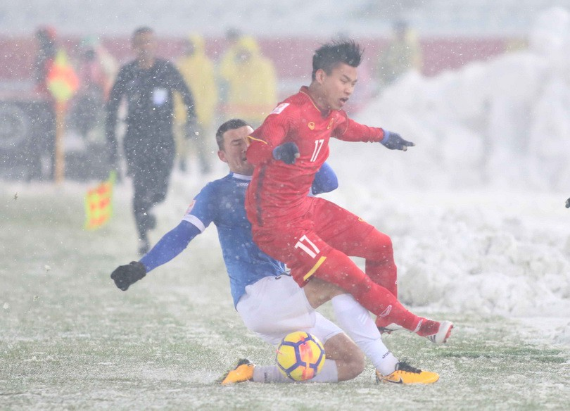 Dù thi đấu thành công nhưng khoảng cách giữa bóng đá Việt Nam với các nước chưa thể san bằng.