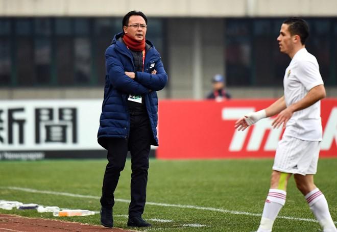 Việc buộc phải thắng U23 Saudi Arabia mới có cơ hội đi tiếp khiến HLV Ong Kim Swee không thể dựng ''xe bus'' trước đối thủ này.