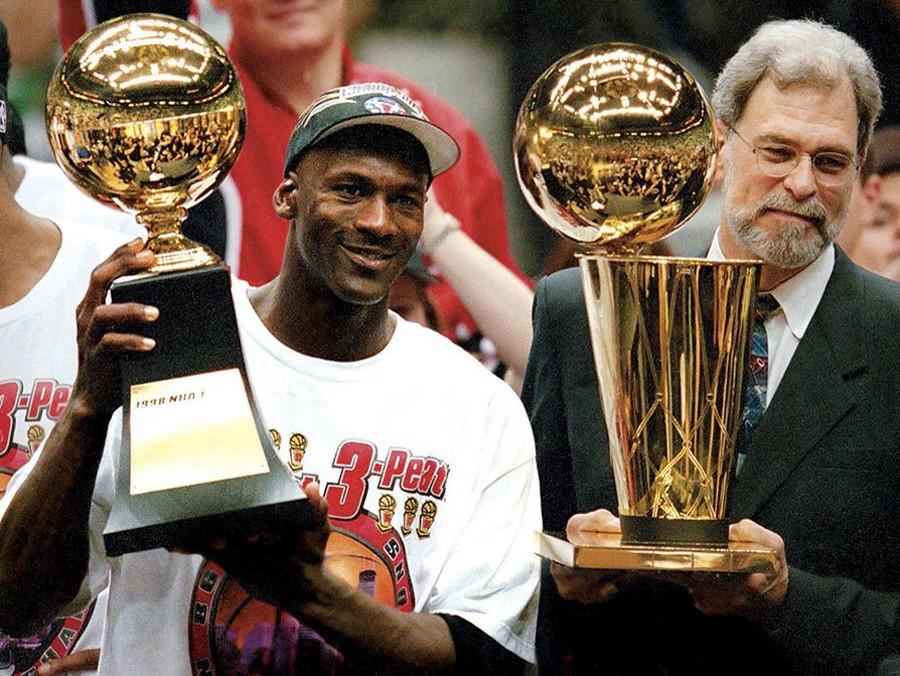 Michael Jordan, kẻ đã thay đổi hoàn toàn cuộc chơi.