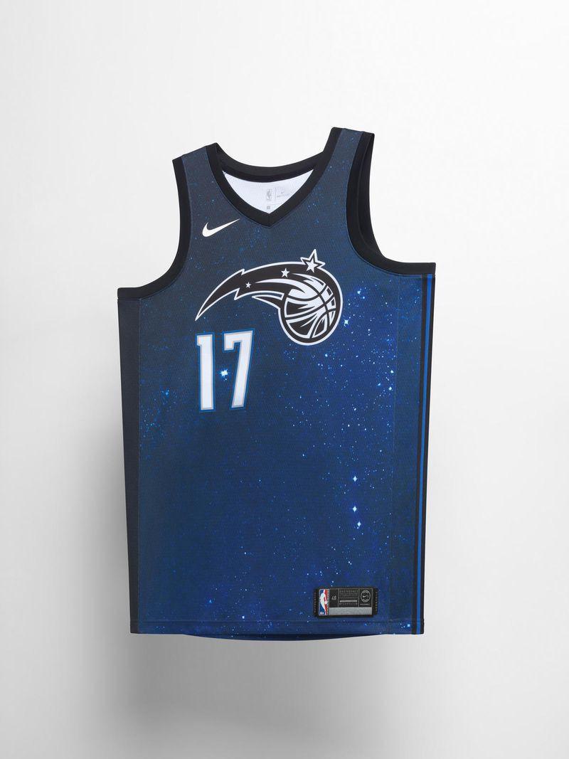 """""""Mẫu áo City Edition của Orlando Magic sẽ lấy cảm hứng từ sự ma thuật tồn tại ở trái đất và cả vũ trụ này"""" - Trích lời giải thích từ đội bóng..."""