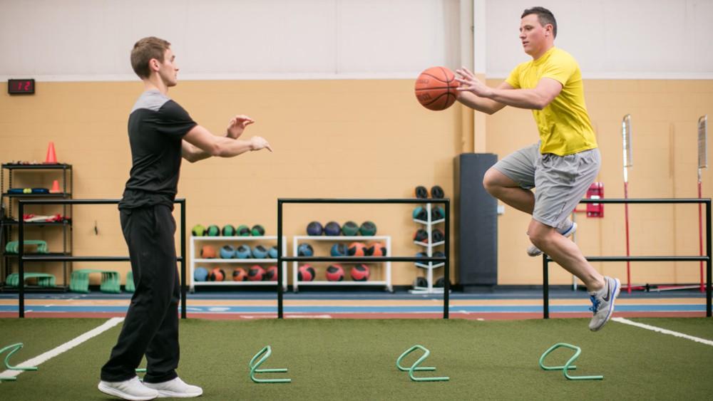 Một số bài tập bổ trợ để duy trì Athleticism.