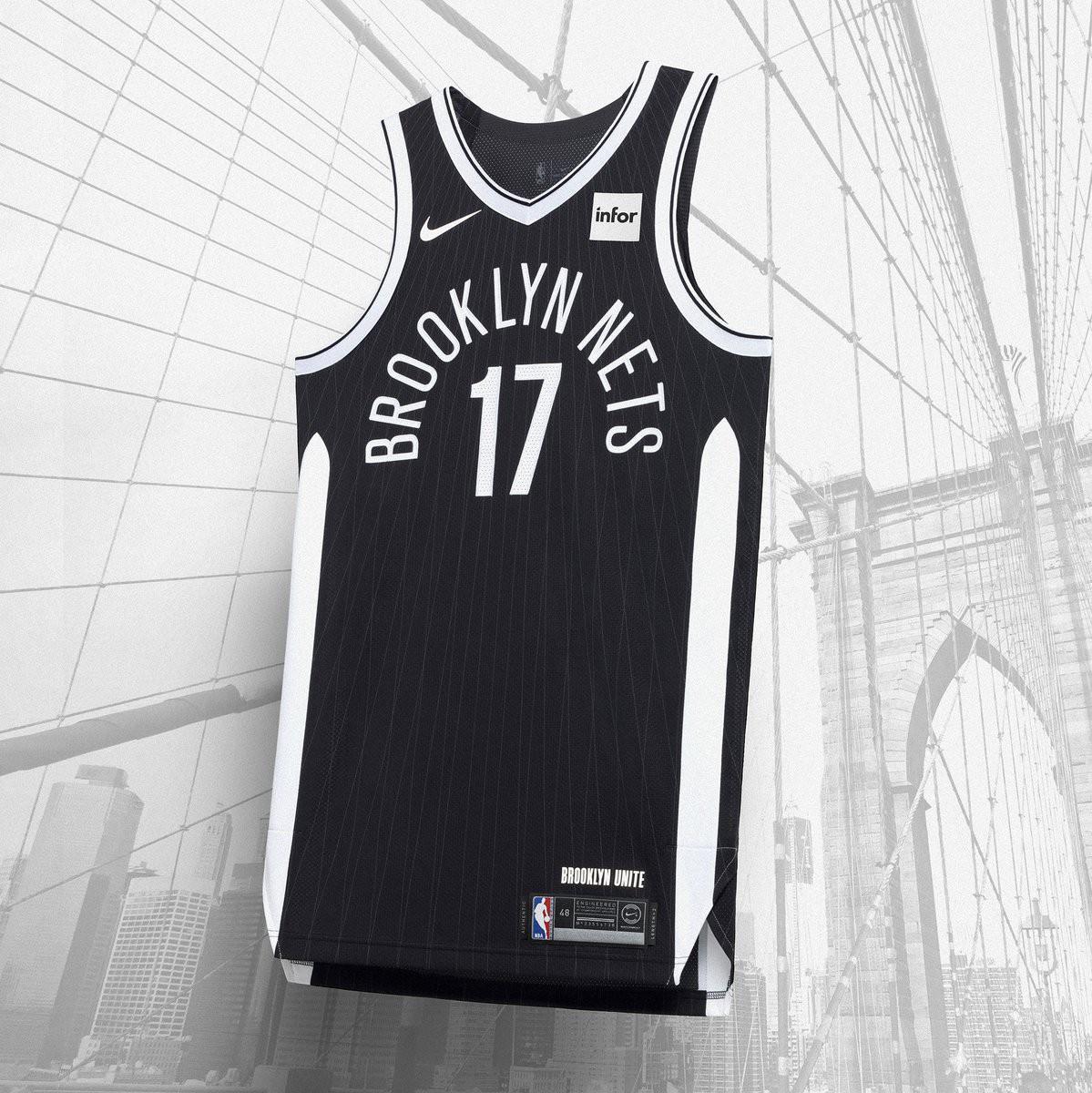 Các NTK đã cách điệu được họa tiết của cầu Brooklyn lên trên mẫu City Edition của Brooklyn Nets.