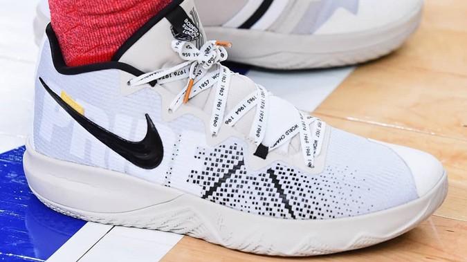 Nike Kyrie Flytrap từng được Kyrie Irving mang tại một buổi tập trước thềm All-Star Game vừa qua.