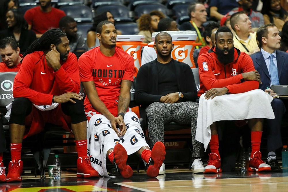 Houston Rockets rời khỏi Top 10 đội bóng có doanh số bán hàng tốt nhất.