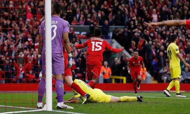 Liverpool 3–0 Villarreal: Sturridge đáp lại niềm tin của Klopp