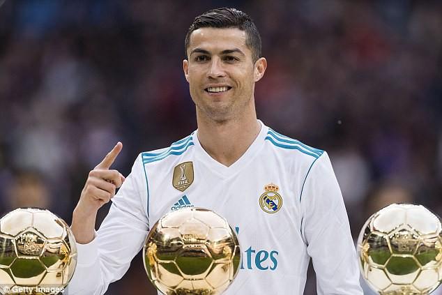 Hình ảnh: Ronaldo trải qua 1 năm thành công và là ứng cử viên sáng giá đêm nay