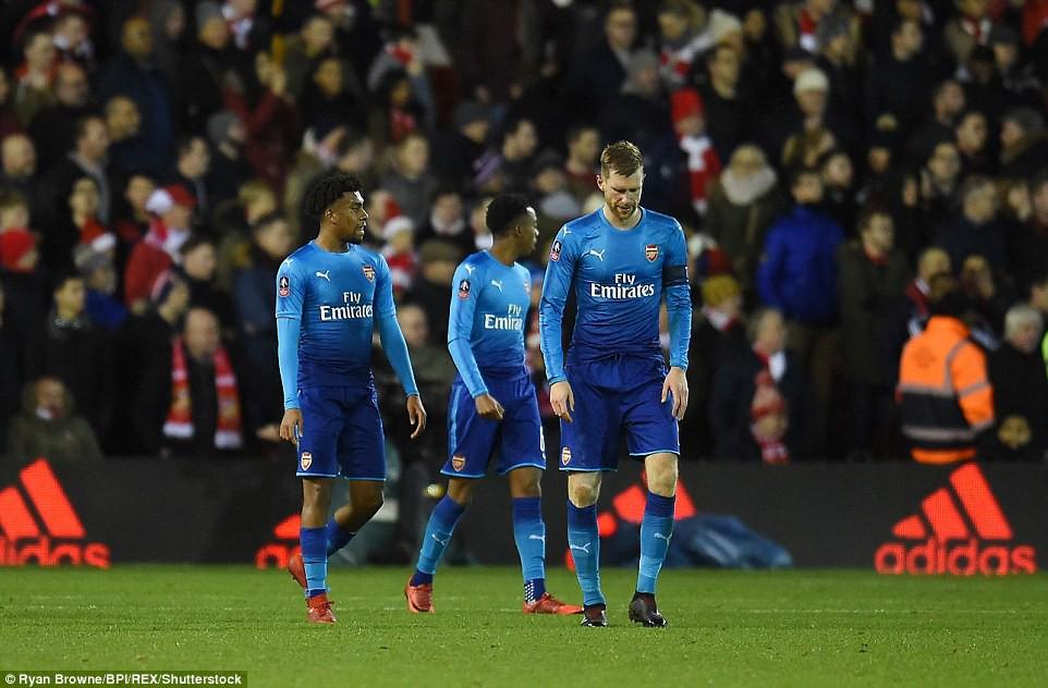 Hình ảnh: Trận thua biến Arsenal trở thành cựu vương của FA Cup