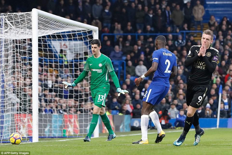 Hình ảnh: Sự xuất sắc của Courtois cứu cho Chelsea không phải nhận bàn thua