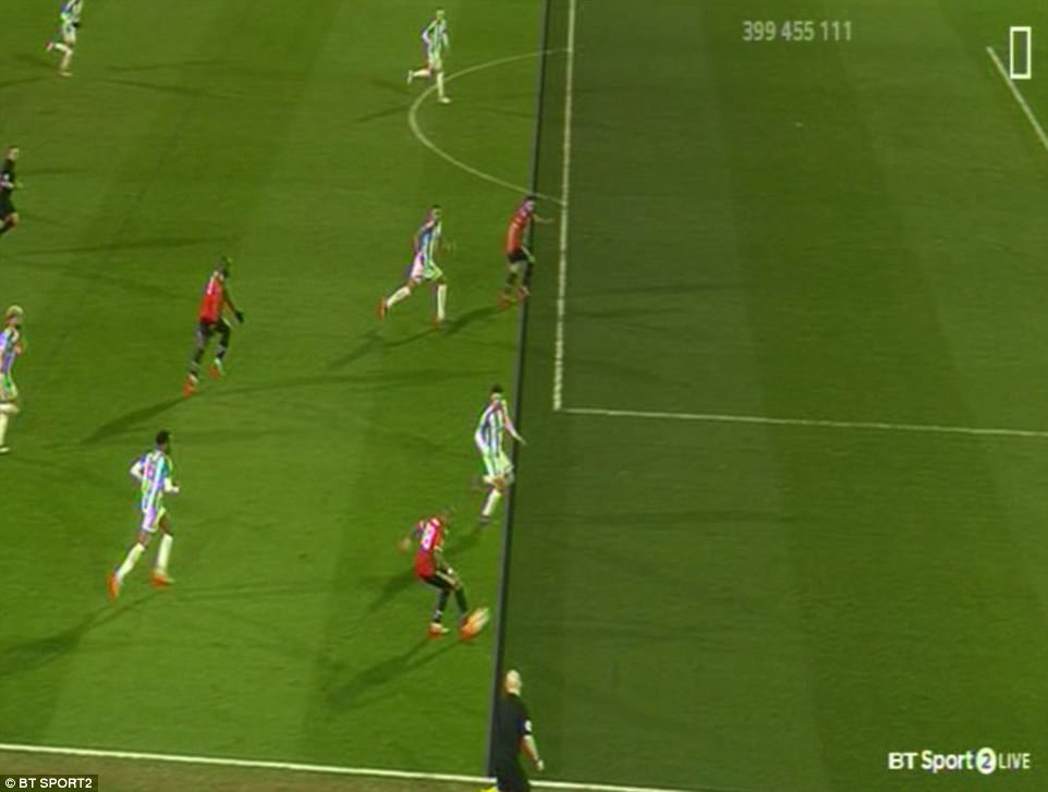 HÌnh ảnh: Mata bị từ chối bàn thắng do phạm lỗi việt vị