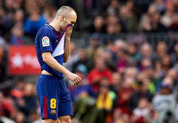 Hình ảnh: Iniesta đang nghiêm túc cân nhắc việc chuyển tới TQ