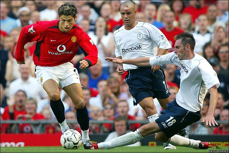 Hình ảnh: Ronaldo gây ấn tượng với những pha đi bóng kỹ thuật