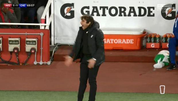 Hình ảnh: HLV Conte nổi điên với những pha bỏ lỡ khó tin của Morata