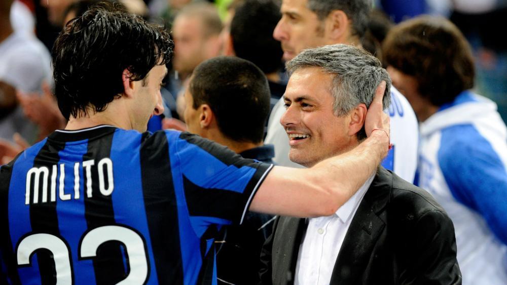 Hình ảnh: Milito cũng được Mourinho chắp cánh thời ở Inter