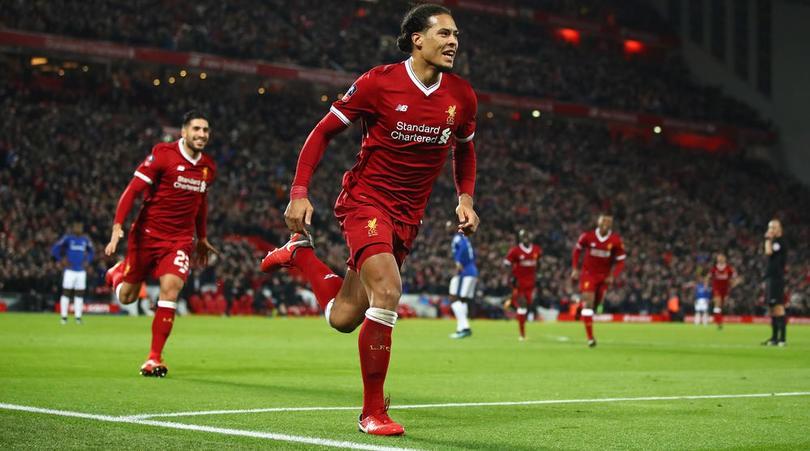 Hình ảnh: Sự có mặt của Van Dijk được kỳ vọng sẽ giúp Liverpool cải thiện chất lượng hàng thủ