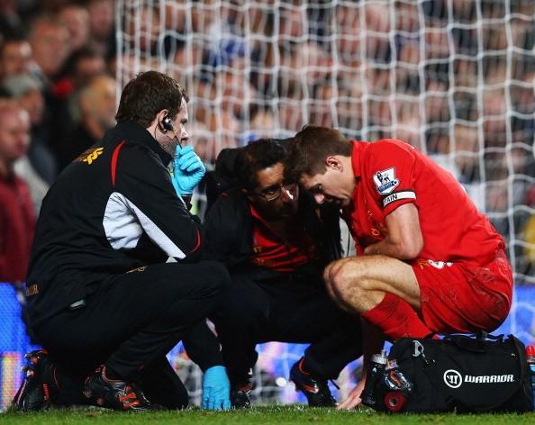 Steven Gerrard từng bị chấn thương ở vùng nhạy cảm.