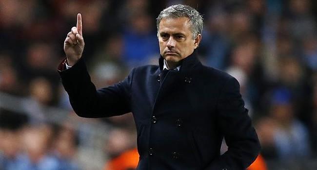 Jose Mourinho có thể sẽ bị sa thải trong tuần này nếu Chelsea để thua Porto.