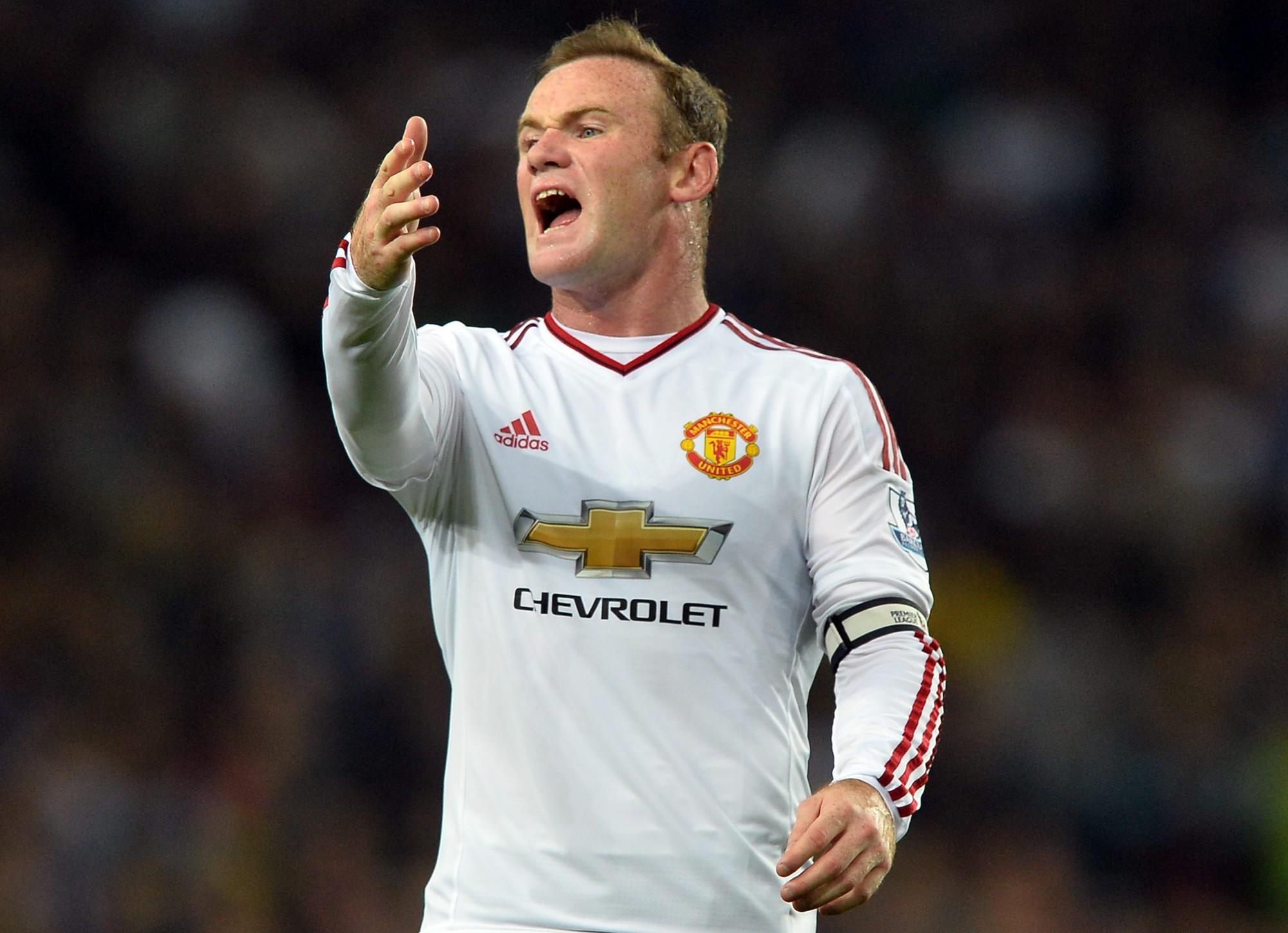 Wayne Rooney bị phát hiện có cồn trong máu.