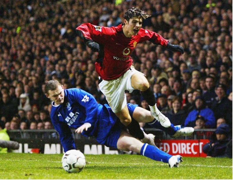 Hình ành: MU từng thống trị lượt đi mùa 2003/04 trước khi bị Arsenal qua mặt và viết lên kỳ tích bất bại