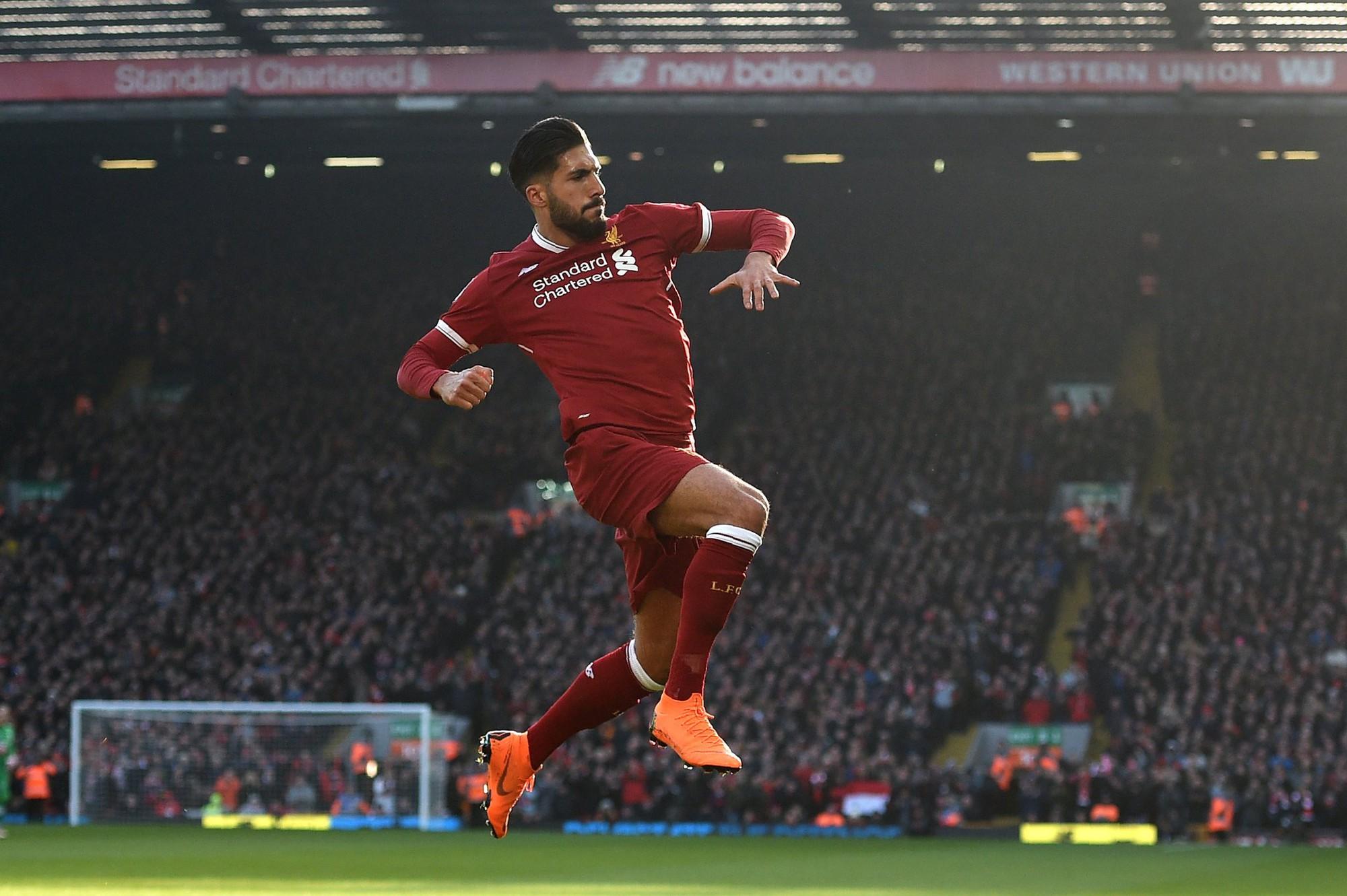 Hình ảnh: Emre Can mở màn bữa tiệc chiến thắng và ghi bàn thứ 100 của Liverpool ở mùa giải này
