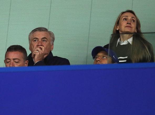 Hình ảnh: Ancelotti từng dẫn dắt Chelsea 2 mùa và giờ cũng đang tự do sẵn sàng cho công việc