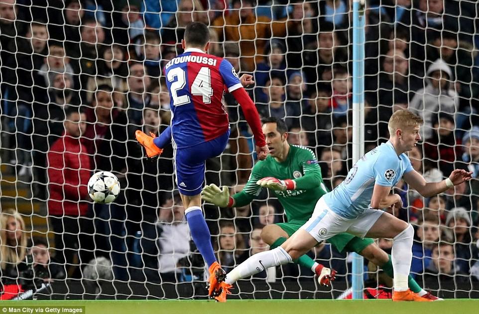 hình ảnh: đội hình dự bị khiến Man City nhận thất bại đầu tiên trên sân nhà kể từ tháng 12/2016