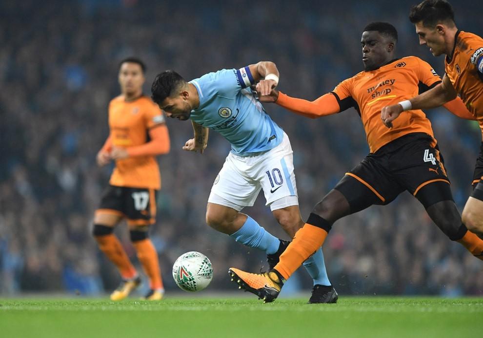 Hình ảnh: Aguero không ghi được bàn ở trận gặp Wolves