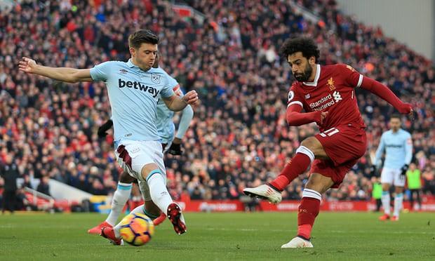 HÌNH ẢNH: Salah tiếp tục thể hiện hiệu suất ghi bàn tuyệt vời
