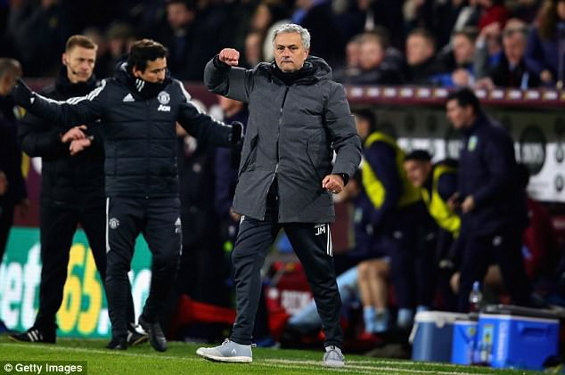 Hình ảnh: Mourinho sẽ gắn bó lâu dài với MU