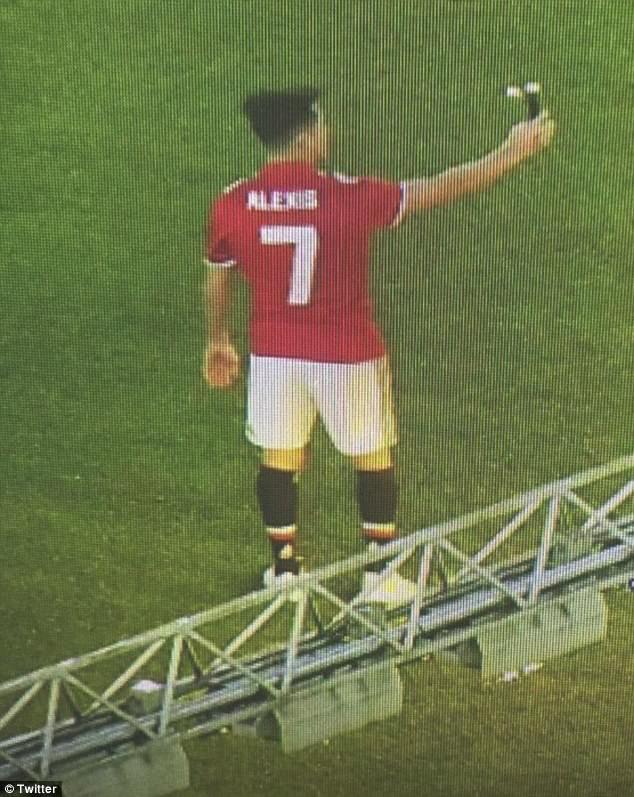 Hình ảnh: Sanchez đã sẵn sàng lấy lại hình ảnh hào nhoáng cho chiếc áo số 7 MU