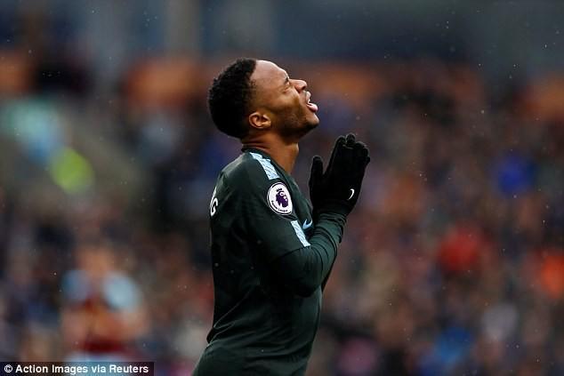 Hình ảnh: Sterling đang là cầu thủ Man City bị phạm lỗi nhiều nhất
