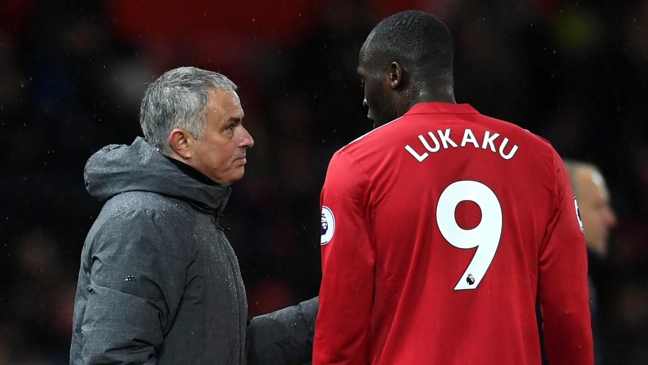 Hình ảnh: Mourinho sẽ đau đầu nếu Lukaku phải nghỉ 1-2 tuần tới