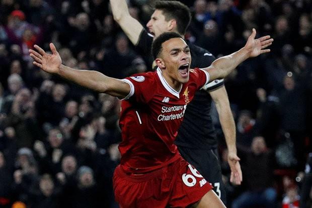 Hình ảnh: Chiến thắng 5 sao đã đưa Liverpool vào Top 4