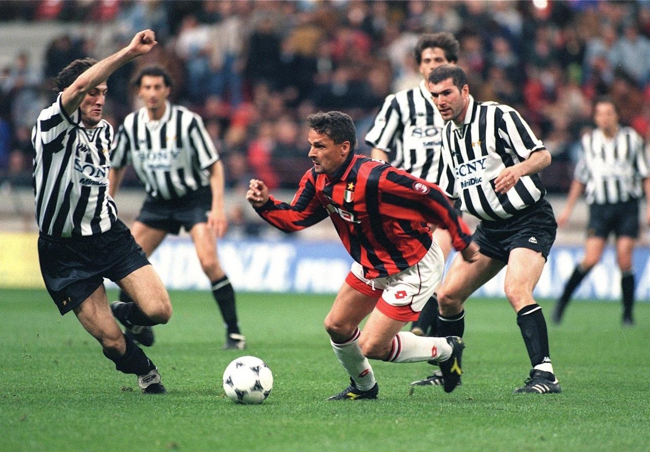 Hình ảnh: Baggio đã có 2 năm gắn bó với Milan