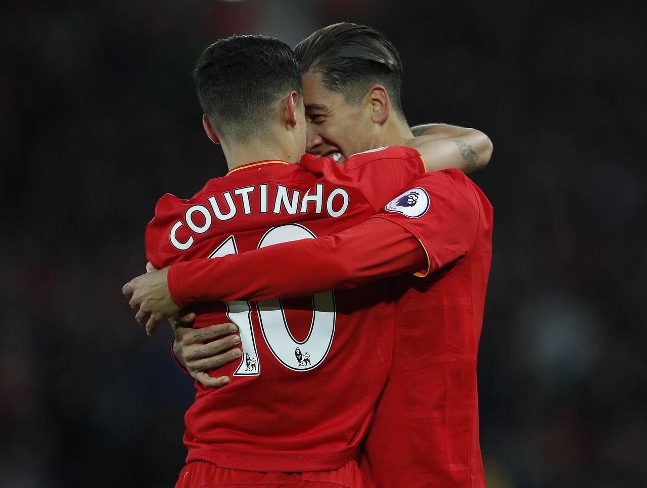 Hình ảnh: Coutinho và Firmino hoàn toàn có thể gánh vác trọng trách ghi bàn nếu Salah vắng mặt
