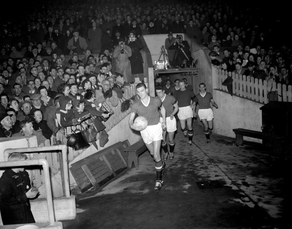 Hình ảnh: Man United chơi trận đầu tiên sau thảm họa Munich