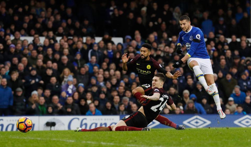 Hình ảnh: Đúng 1 năm Man City lại nhận 4 bàn thua ở Merseyside