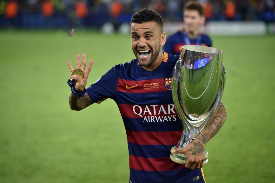 Hình ảnh: Dani Alves từng có nhiều năm cống hiến cho Barca nhưng luôn bị cho là không được đãi ngộ xứng đáng