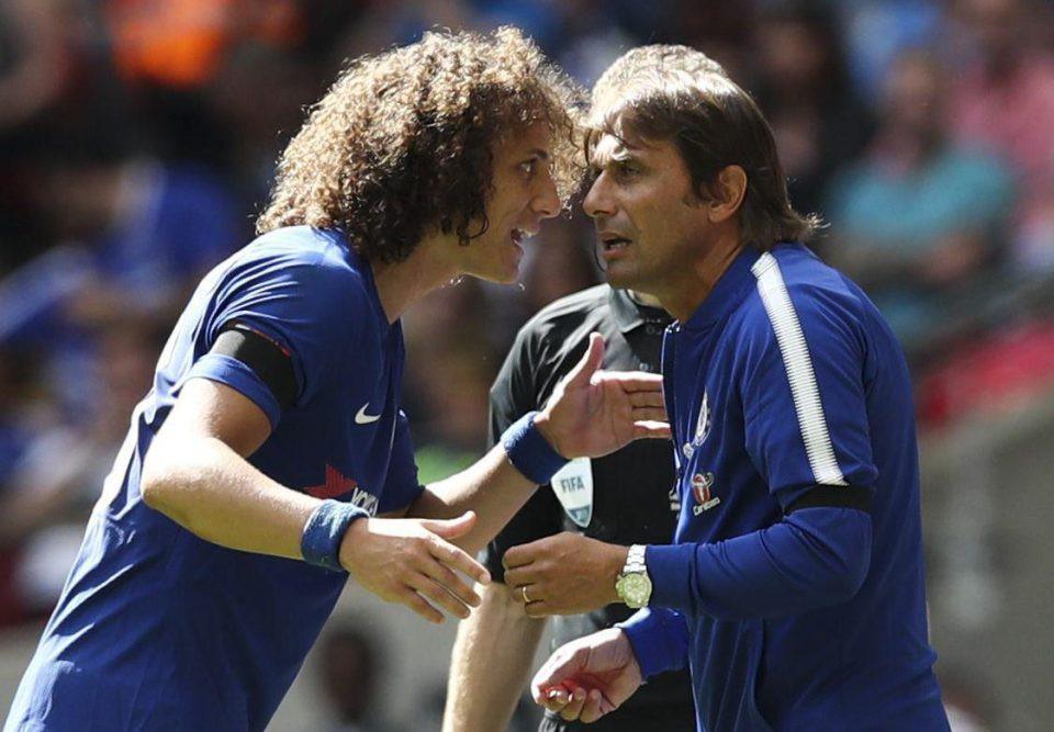 Hình ảnh: Để lấy chỗ cho Van Dijk, HLV Conte sẽ đẩy đi ''kẻ nổi loạn'' David Luiz?