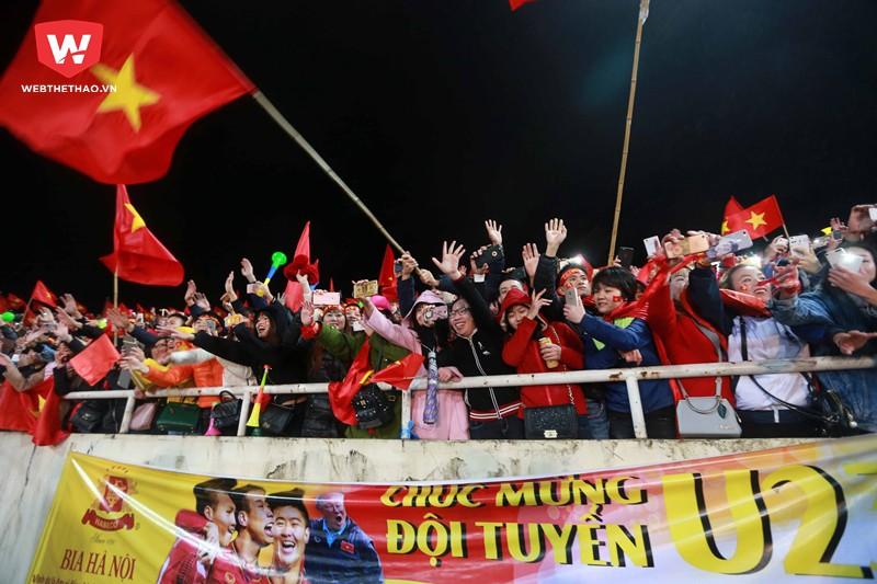 Hình ảnh: Nhưng đối với tất cả người dân Việt Nam, họ là những nhà vô địch thực sự.