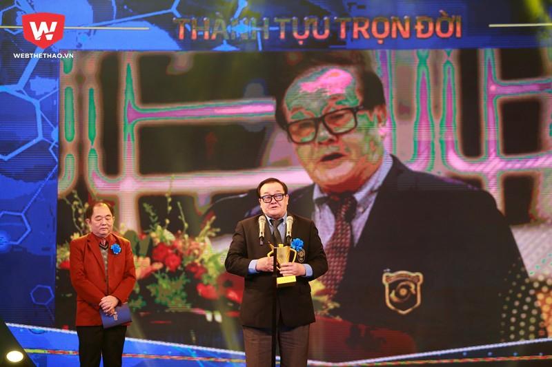 Hình ảnh: Ở tuổi 72, ông Hoàng Vĩnh Giang vẫn tiếp tục đau đáu, dốc hết tâm sức cho nghiệp đời của mình.